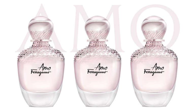 Montage de trois flacons du parfum féminin Amo de Ferragamo