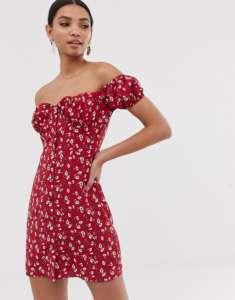 Robe imprimée fleurs style bardot à bustier rouge